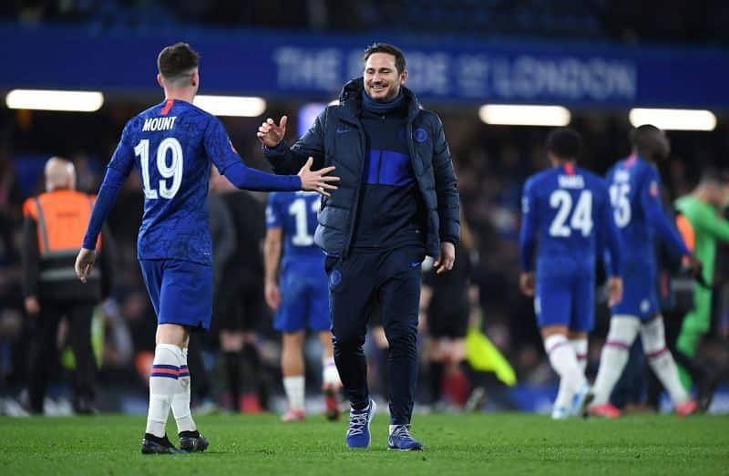 Mason Mount with former Chelsea manager Frank Lampard.