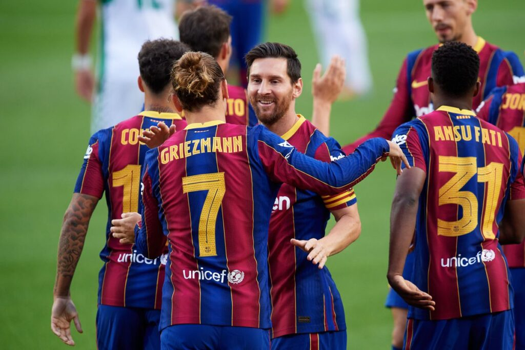 Barcelona's squad a mix of inexperienced youngsters and aging veterans. (Photo by Alex Caparros/Getty Images)